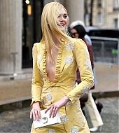 elle fanning, miu miu, paris fashion week, 2019