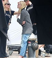 elle fanning, candids, may 04 2018, photoshoot
