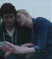 elle fanning, sidney hall, screen captures