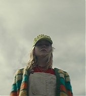 elle fanning, i think we're alone now, screen captures
