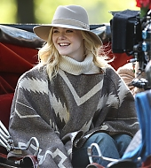 elle fanning, candids, woody allen, on set, new york city, october 12 2017