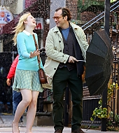 elle fanning, jude law, on set, woody allen, film, new york city, october 20, 2017