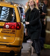 elle fanning, molly, set, january 2019